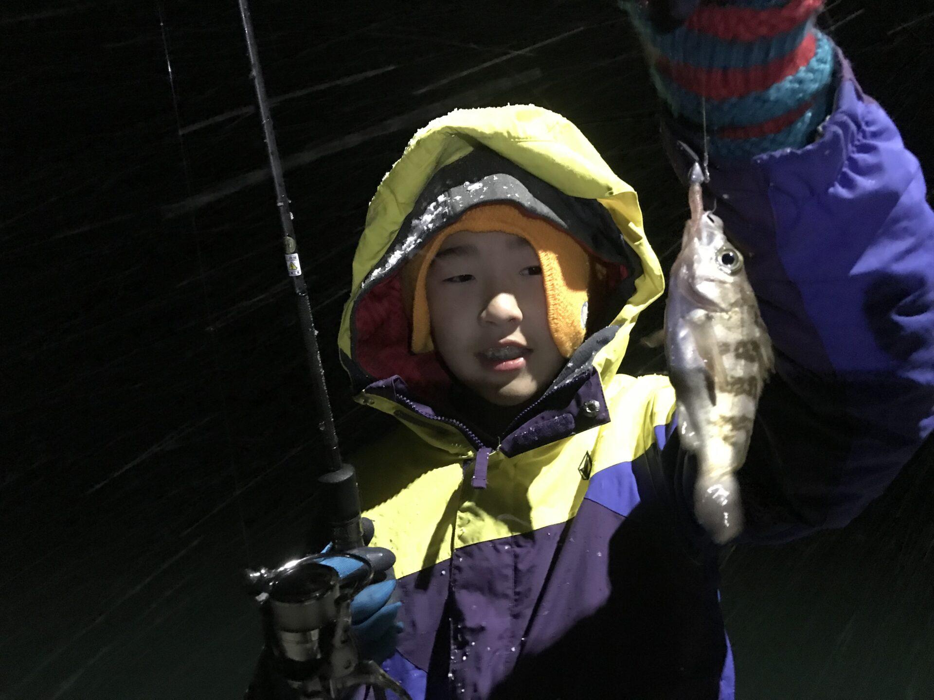 季節外れの雪の中での釣行でも‼︎